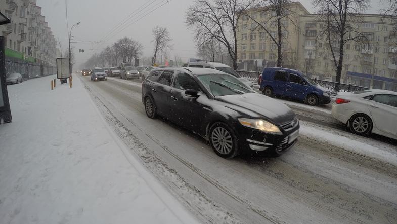 В Украине сузят полосы движения на дорогах: зачем и где