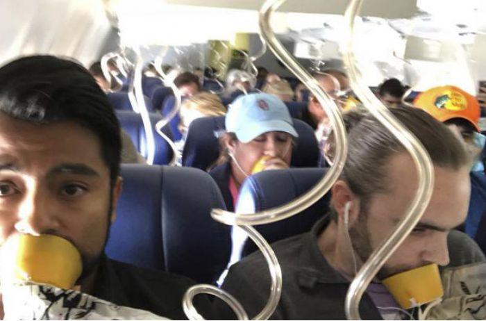 Бортпроводник: «Ее голову, руку и тело высосало в окно самолета»