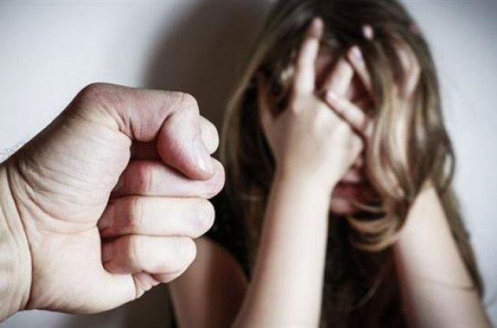 22-річний чоловік зґвалтував жінку в автомобілі. Жертва відмовилася позиватися до суду