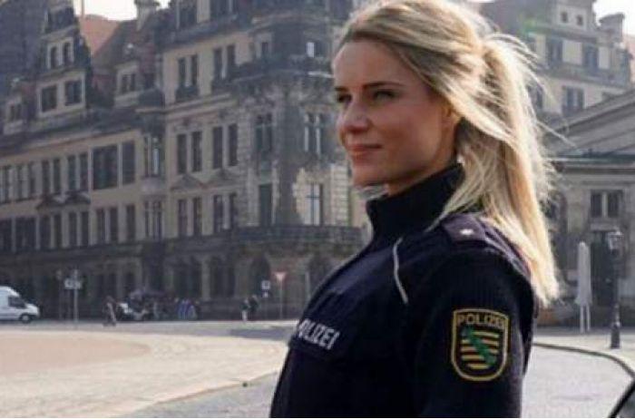 Суперсотрудница немецкой полиции произвела фурор в сети: ФОТО красотки