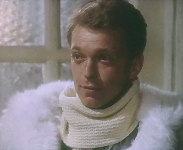 Трагедия в мире кино: ушел из жизни знаменитый советский актер-красавец