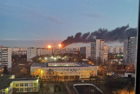 В Москве вспыхнул мощный пожар, идет эвакуация. ФОТО, ВИДЕО