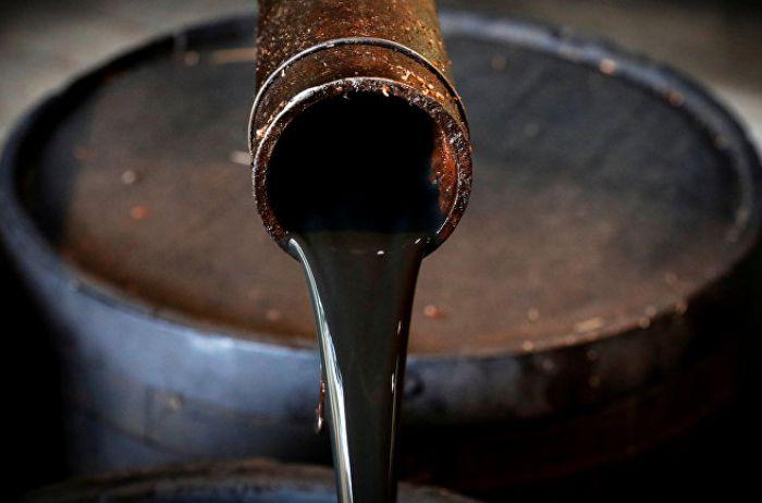 Нефть просела ниже психологической отметки: свежие данные