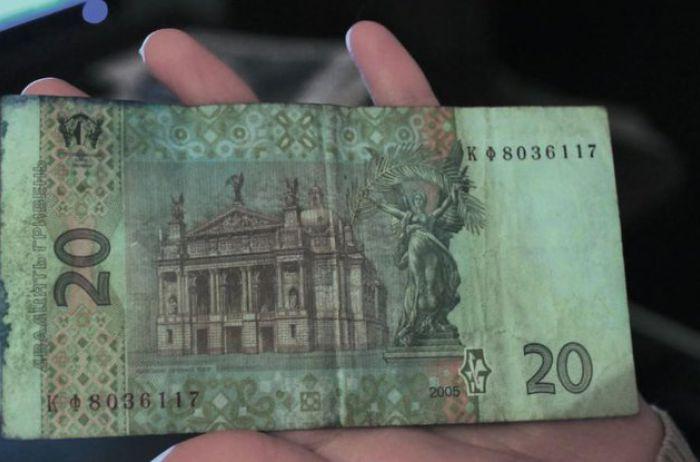 Обмен рваных гривен: что изменилось со 2 января
