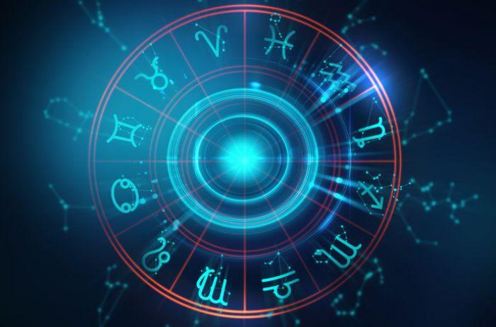 У Водолеев день благоприятен для крупных покупок: гороскоп на 5 января