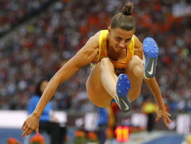 Красавица-легкоатлетка из Украины обнажилась на горнолыжном курорте. ФОТО