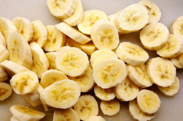 Ученые рассказали, что будет, если до зачатия налегать на бананы