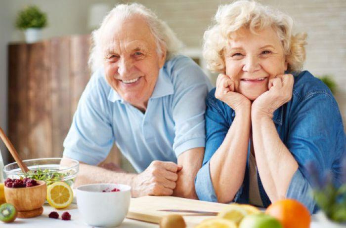 Эксперт: Хорошая новость - пенсии повышаются на 35 евро, но не у нас