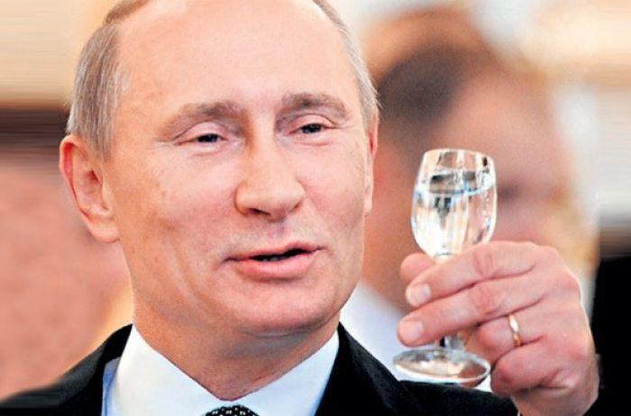 """Поставить братьев на место"": у Путина заговорили о новом ударе по Украине"