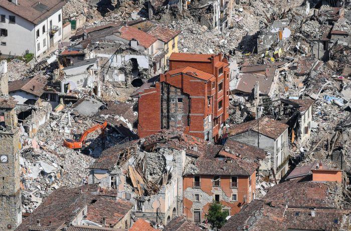 """Сейсмологи """"обещают"""" Украине разрушительное землетрясение"""