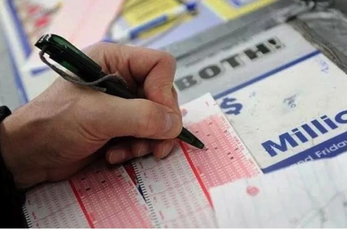 26 млн долларов за девять лет: пенсионеры рассказали, как работает лотерея