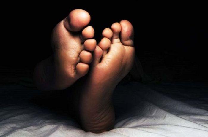 Толкование примет: почему не стоит спать ногами к двери