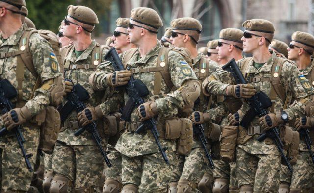 В украинской армии не будет мичманов и прапорщиков