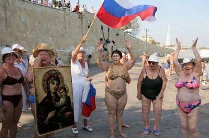Едет жлобье и нищета: крымчане пожаловались на россиян-туристов