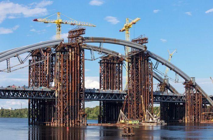 Стало известно, сколько миллионов дадут Киеву на строительство метро и моста