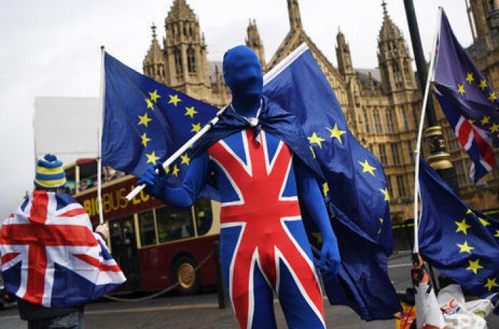Великобритания может отложить Brexit: названы причины и сроки