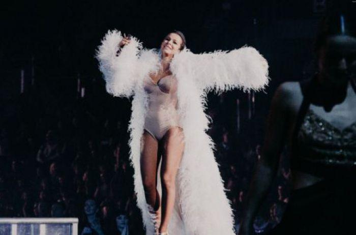 Бабочки в животе: Ани Лорак перепела хит Уитни Хьюстон. ВИДЕО