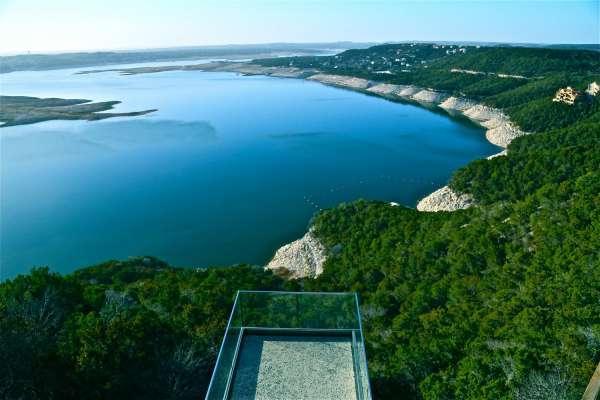 Очевидцы рассказывают о загадочных существах на озере Трэвис