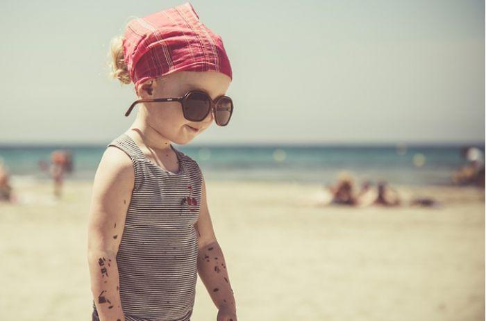 Офтальмологи рассказали, какого цвета должны быть солнцезащитные очки