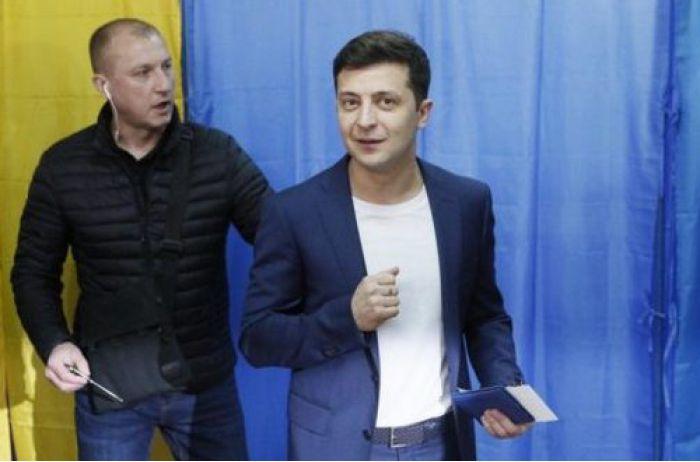 Рада ответит за измену: у Зеленского придумали мощное наказание