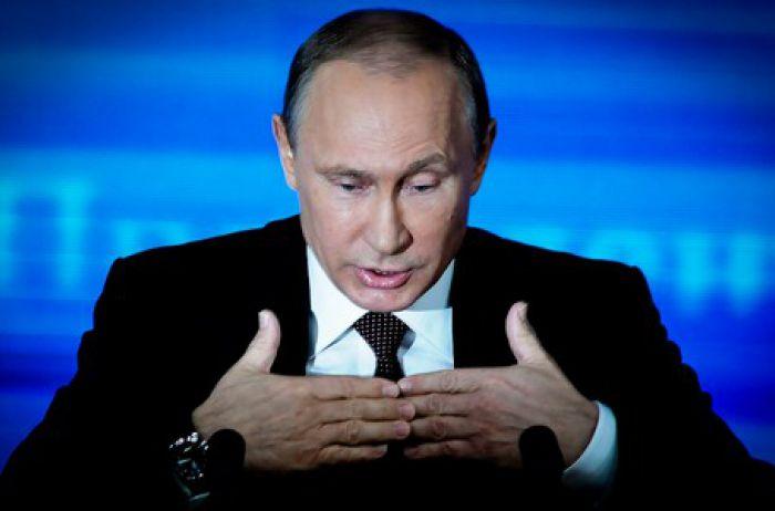 Путин признался, с кем пришлось спать ради карьеры