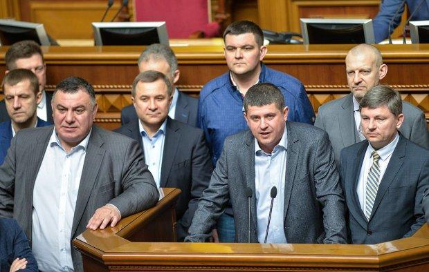"""""""Зажрался, жл*б!"""": доходы украинского нардепа лишили украинцев сна"""