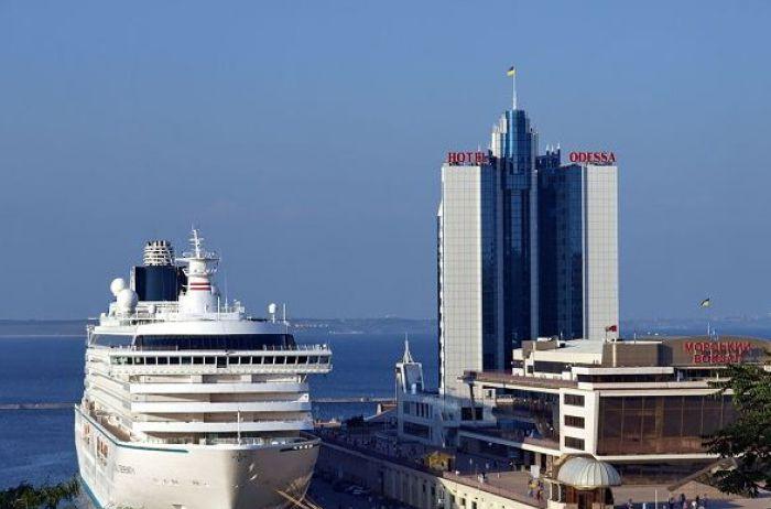 ЧП в Одесском порту: военного моряка нашли повешенным