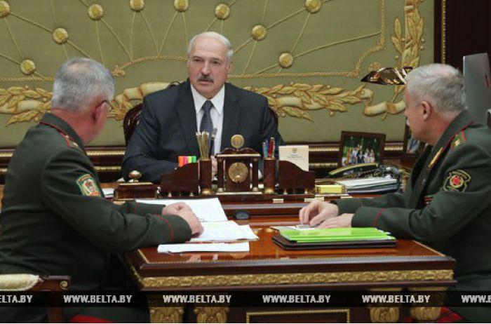 Дело идет к аннексии: Лукашенко в панике пытается избавиться от агентов Кремля