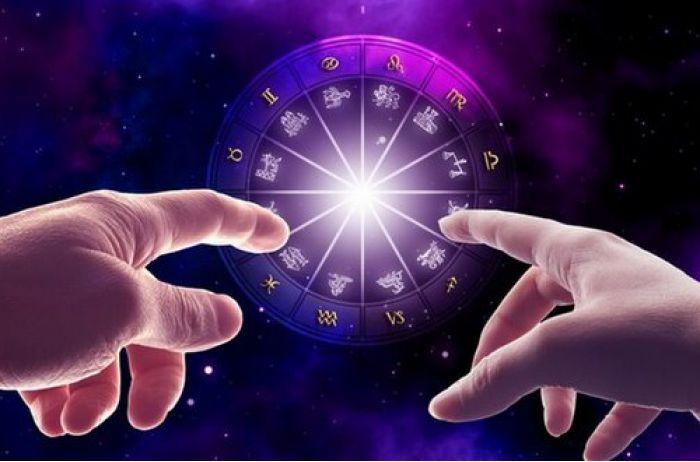Гороскоп на май: астрологи назвали самые неудачные дни