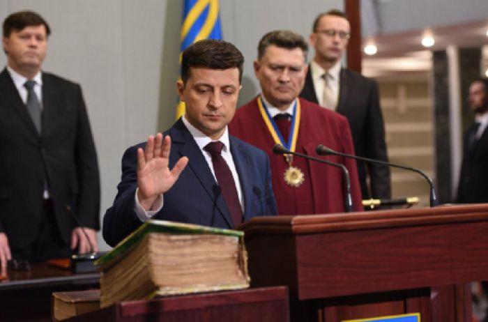 Комитет Рады принял решение о дате инаугурации Зеленского