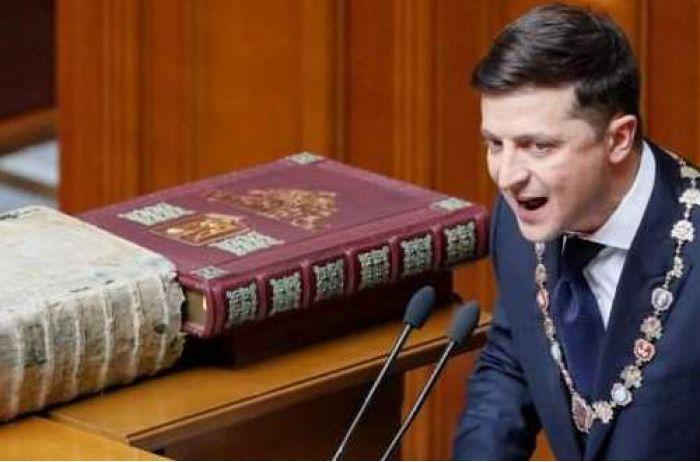 Новый президент оказался злее и быстрее: политолог сравнил Зеленского и Порошенко