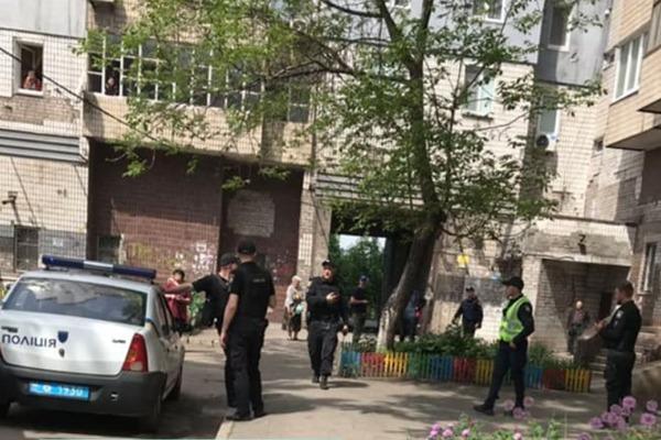 """Семью Зеленского срочно эвакуировали: """"Заложена взрывчатка"""""""