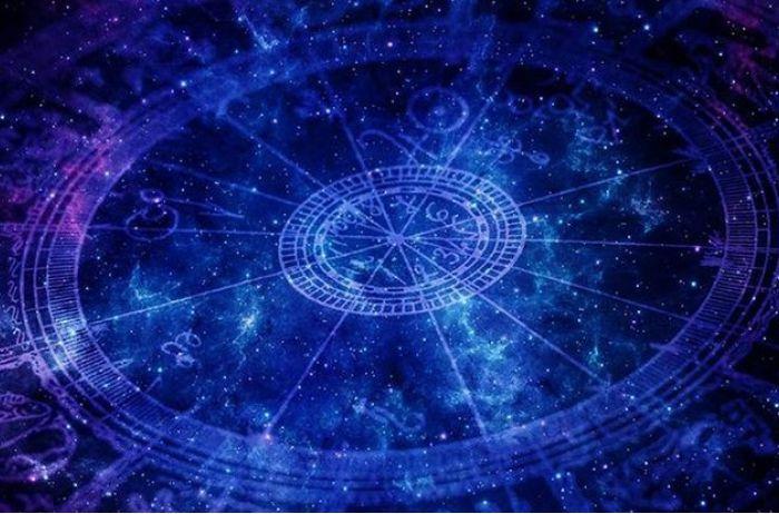 Близнецам не стоит откровенничать: гороскоп на 11 июня