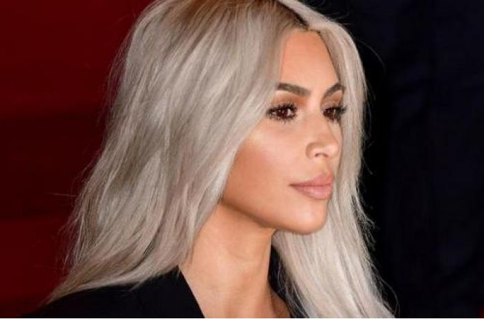 Ноги как у Ким! Кардашьян совершила революцию в мире косметики