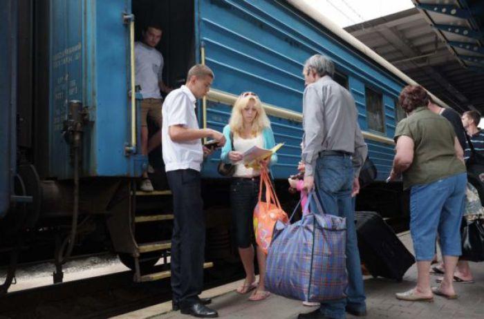 «Жалобы на пи***сов не действуют»: поезд Укрзализныци довел украинцев до истерики