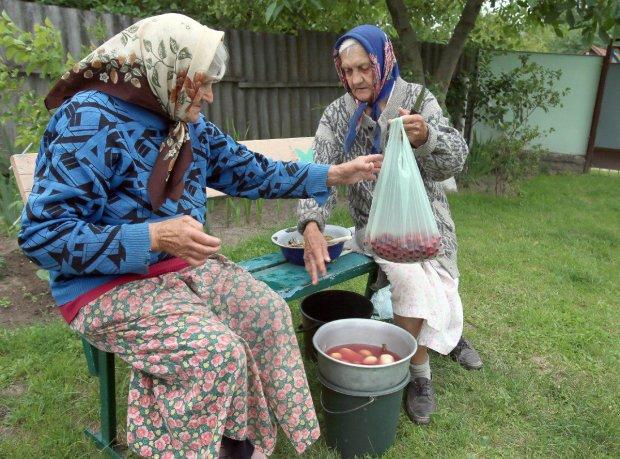 С 1 июля украинцам повысят пенсию: кто в числе счастливчиков