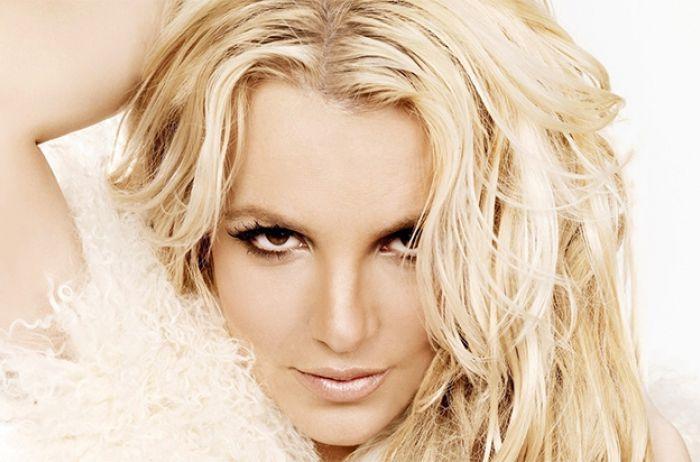 Бритни Спирс напугала внешностью на пляже: скандальное ФОТО