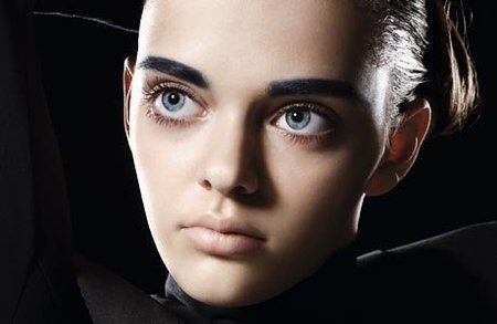 Необычная внешность украинской девушки вызвала переполох в мире моды