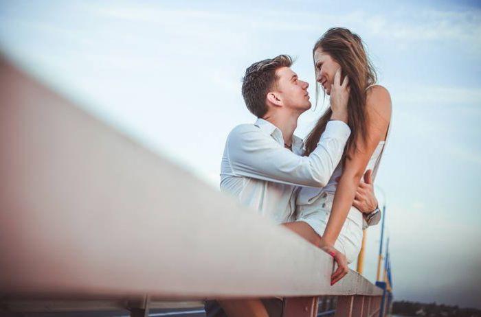 """Пять способов разнообразить интим без """"полного контакта"""""""