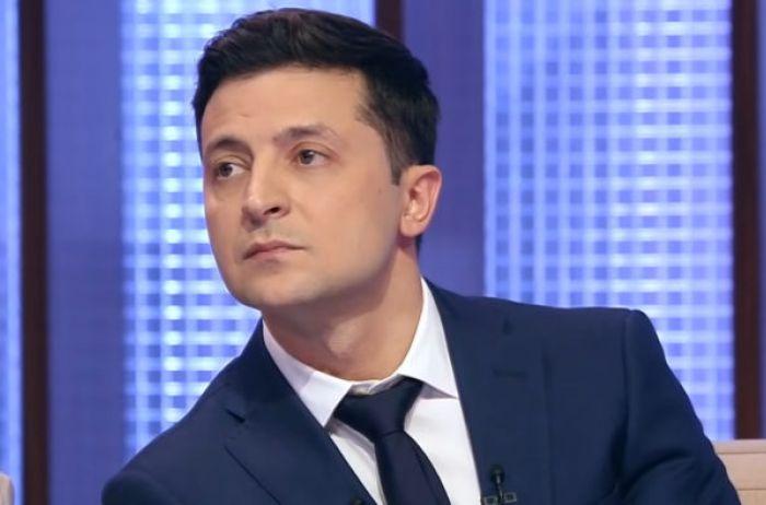 Команда соратников жестко подставила Зеленского: гремит скандал