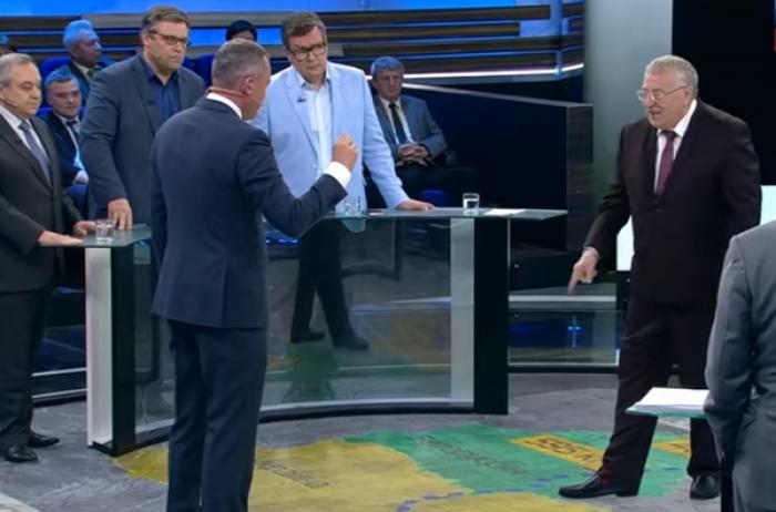 """""""Захлебнется водой из Днепра!"""" Жириновский предложил затопить Крым"""