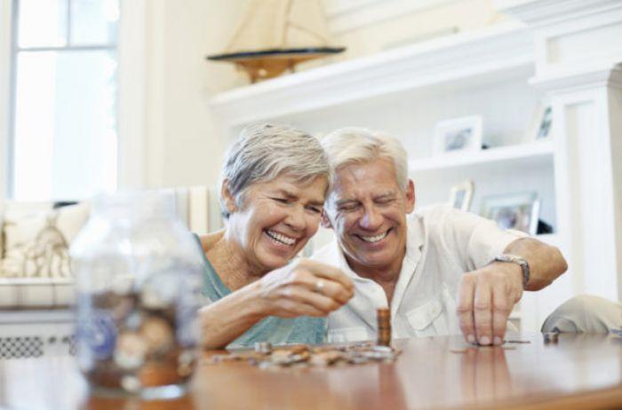 Кто получил пенсию в 45 тысяч: в Украине назвали новые размеры выплат