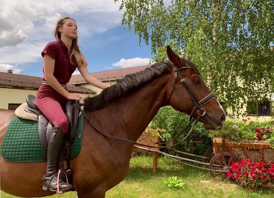 Волочкова показала фотку подросшей дочери