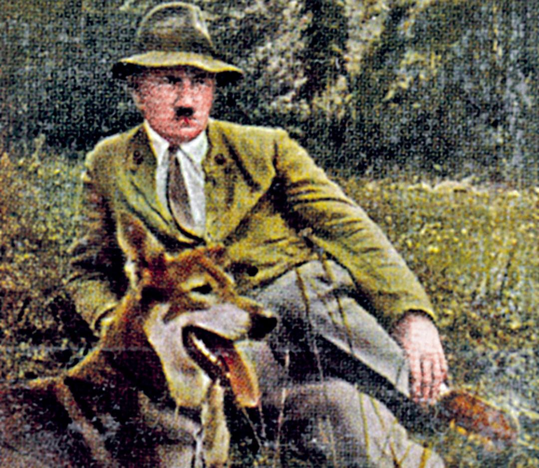 Своих овчарок фюрер называл Блонди. И в Германии, и в Аргентине. Фото: GLOBAL LOOK PRESS