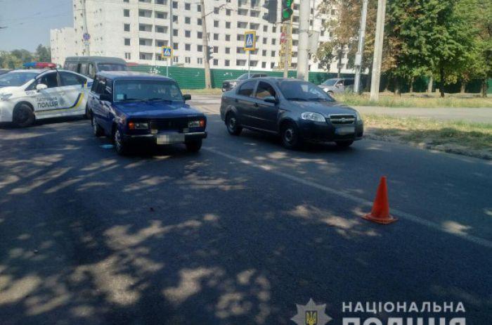 Смертельное ДТП: в Харькове пенсионерка угодила под колеса легковушки