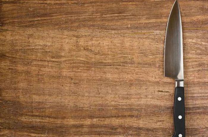 Вот почему ни в коем случае нельзя оставлять ножи на столе