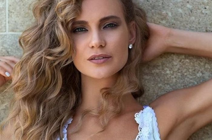 Фанаты критикуют Глюкозу за ее наряд на «Новой волне»