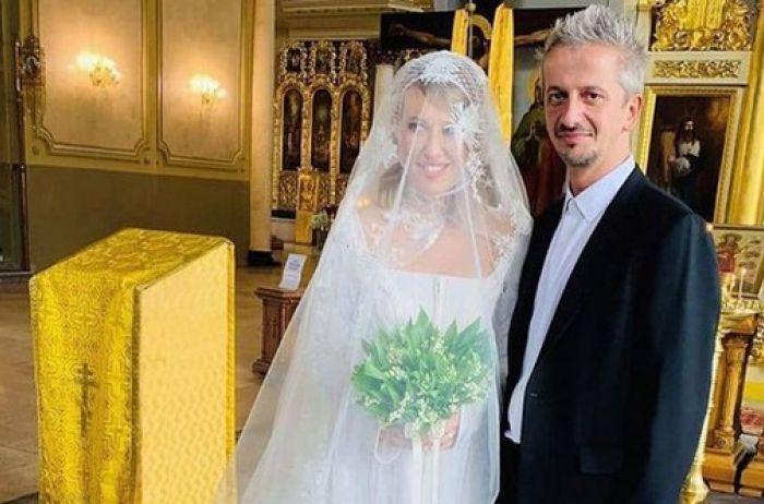 В пятницу 13-го и в катафалке: как прошла свадьба Собчак и Богомолова. ФОТО