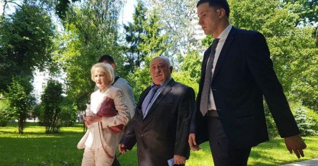 Родители Зеленского уже расплачиваются за президентство сына: подробности произошедшего