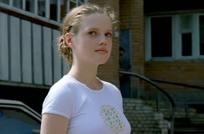 Так спустя годы изменилась Катя из фильма «Ворошиловский стрелок»